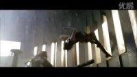 """生化危机4片段4:克莱尔(艾丽·拉特 饰)单挑""""巨斧男""""……"""