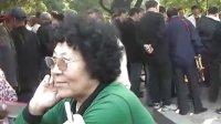 聚焦鞍山:孟泰公园的红歌迷们