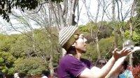 日本牛人神乎其技的水晶球表演
