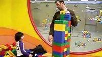 Daniel和爸爸玩玩具