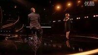 [杨晃] 英国单曲榜冠军!格莱美最佳流行女歌手Adele最新单曲Someone Like You
