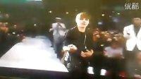 Lady Gaga在2010年VMA颁奖礼上给Justin Bieber指路