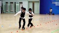 [拍客]小孩玩滑轮演绎MJ舞蹈(冯辉 张颢)