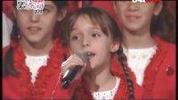 五大洲的孩子相聚欢唱-《五指各不同 Ika o do gba》-中意字幕