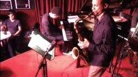 美国著名爵士萨克斯手Mark Turner四重奏在Village Vanguard演出