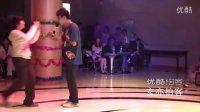 【拍客】侯松林演唱《爱就一个字》_玄亦拍客