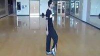 老外教你2分钟学会MJ太空步 动漫屋 www.dongmanwu.com