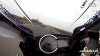 顶级摩托车手公路极速狂飙 告诉你什么叫飙车【心脏不好者惧入】
