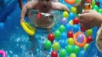 宝宝游泳视频-2