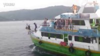 120622PP一日游.旁边船上的人在跳舞