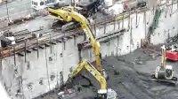 卡特385C挖掘机装车