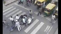 【疯狂国度】-印度开挂车祸    混乱的交通