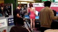 粉色紧身性感超短裙'台球Showgirl+摄影大哥很激动
