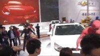 雪佛兰展台热舞快闪,正义者力量秒杀广州车展