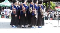 贵州千户苗寨   传统苗族歌。 苗语唱的