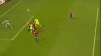 欧冠 里昂上演进球大战客场5比3逆转胜星队