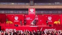 五月天太庙演唱世界杯主题曲《由我们主宰》