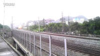 【20140427】末代绿皮车2678次列车经过桂林丽君路立交桥