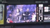 棒球赛在看台观战的三只宇宙人被警方带走。。