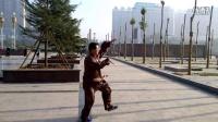 临沂人民广场陆老师演示陈式太极五十六式 30年之太极真功夫实战