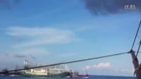 越南百吨级船非法撞击中国千吨级渔业船遭碾压