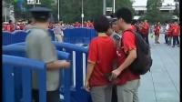广州车站来自各地的球迷来为恒大加油