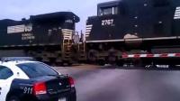 美国火车道口事故