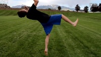 跑酷动作教程:踢月腿