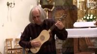 Karel Fleischlinger plays Morlay's Galliarde on renaissance