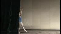 北舞附中 中国舞蹈武功示例课3年级女班_29 前软翻接前空翻