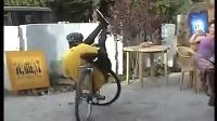 非洲人民骑自行车