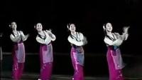 朝鲜舞蹈《鲜花盛开的村庄》