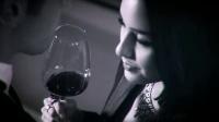 ROUPA手工水晶红酒杯与性感美女的诱惑