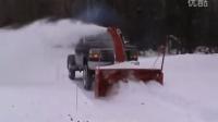 国外很流行的皮卡车除雪设备