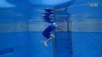 蛙泳:3.8游进中,为什么会沉?