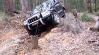 吉普Jeep 大切诺基  丰田普拉多 一起森林中玩越野