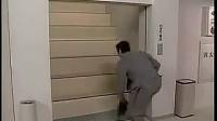 【搞笑】能让你笑喷饭的电梯遭遇 _标清