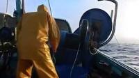 老外渔船起网绞车作业