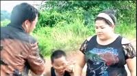 Hmongb Hmoob 苗族歌曲 KOOS LOOS - Qaws Kom Siab Zog Seb