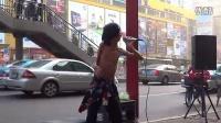 中国好声音弱爆了 残疾流浪歌手街头卖唱 秒杀中国好声音