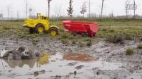 微型拖拉机牵引挂车(俄罗斯RC拖拉机Kirovets K700拉水泥的拖车)