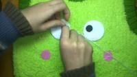 背心青蛙脸谱的制作