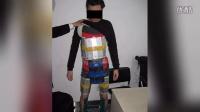 【波新闻】香港男子身绑94部iPhone入境 被深圳海关查获