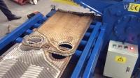 自动送料,自动剪切的全自动废铁剪切机。恩派特中国出品