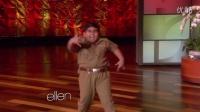 来自印度的胖小子的舞蹈,让全场沸腾