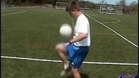 足球入门  如何颠球