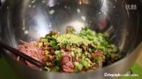 在英国每日电讯报教老外怎么包传统中国猪肉白菜饺子
