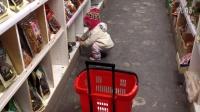 2015年3月7日,Julia涵涵自己在百佳超市买购物
