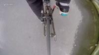 gopro拍摄自行车后拨被卷入车轮的瞬间
