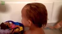 【发现最热视频】爆笑熊孩子洗澡时突然放屁合辑